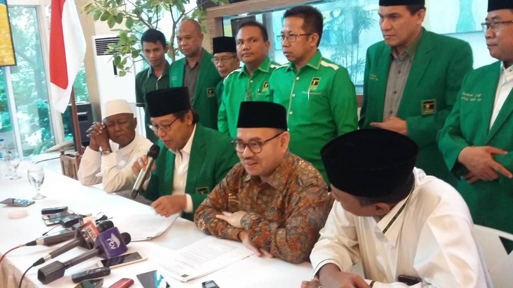 Ketua Umum Partai Persatuan Pembangunan (PPP) Djan Faridz mendukung Sudirman Said sebagai gubernur Jawa Tengah. Foto: NUSANTARANEWS.CO/Ucok Al Ayubbi
