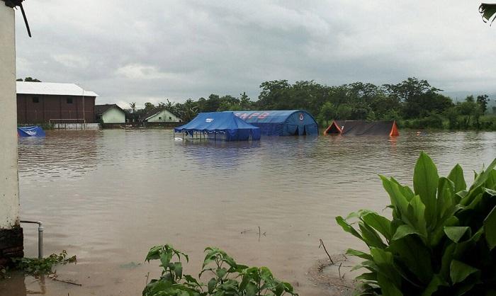 Kurangi Areal Terdampak Banjir Lewat Sinergitas. Foto: Penrem 082/CPYJ