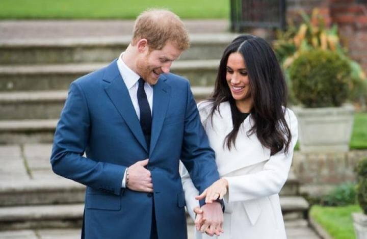 Potret Pertunangan Pangeran Harry dan Meghan Merkle. Foto: Dok. Alexi Lubomirski