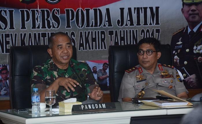 Sukses Jaga Kondusifitas Wilayah, TNI-Polri Jawa Timur Perkuat Sinergitas. Foto: Dok. Dodiet Lumwartono/ NusantaraNews