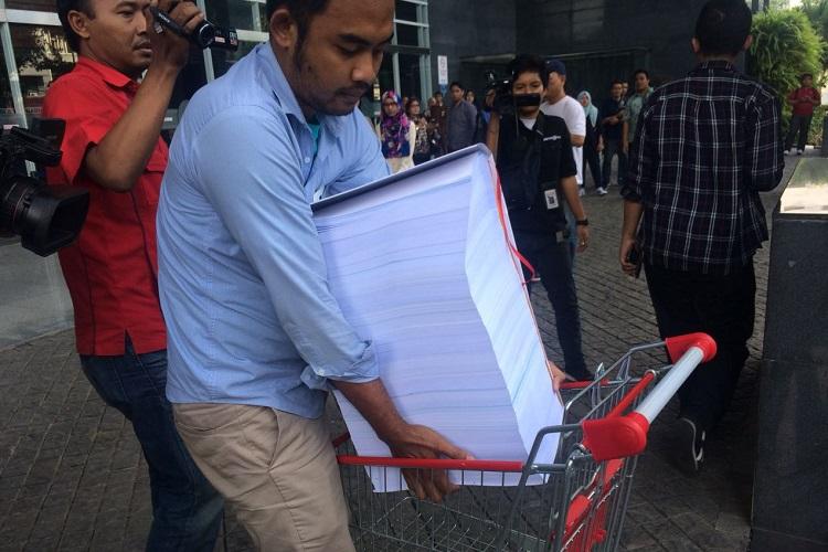 Berkas Kasus Setnov (Foto Restu Fadilah/Nusantaranews)