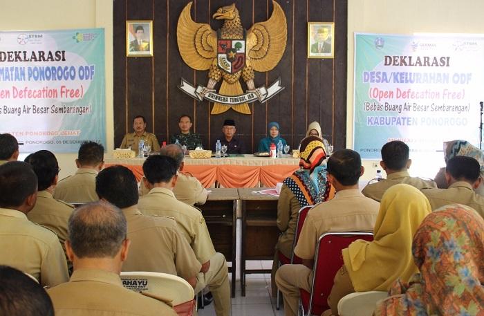 Deklarasi larangan buang hajat sembarang (Foto Nurcholis/Nusantaranews)