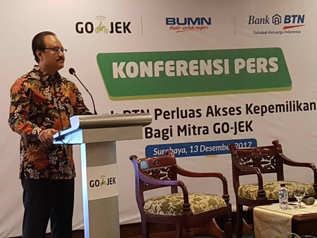 Wakil Gubernur Jawa Timur Saifullah Yusuf menghadiri MoU kredit kepemilikan rumah yang dilakukan manajemen Gojek dan Bank BTN di Hotel Garden Palace, Rabu (13/12/2017). Foto: Tri Wahyudi/NusantaraNews
