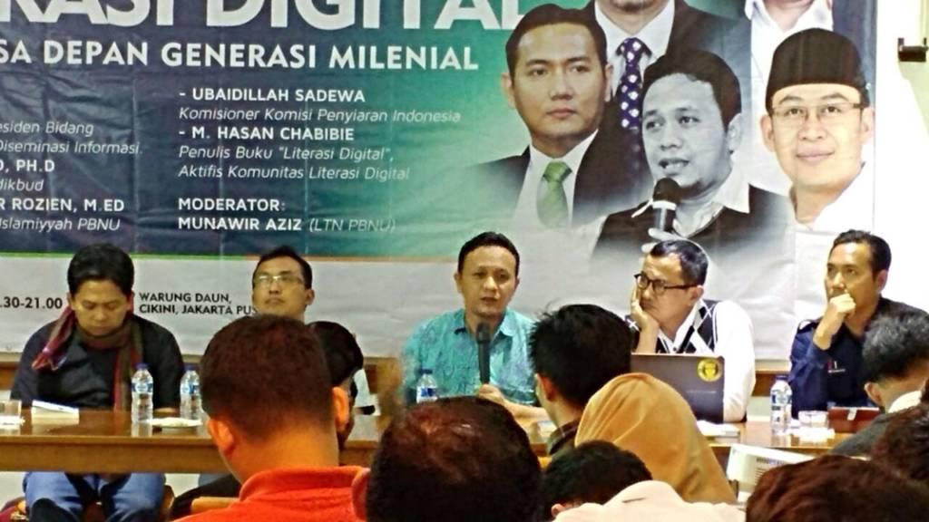 Diskusi dengan tema Literasi Digital untuk Masa Depan Generasi Milenial di Warung Daun, Cikini, Jakarta Pusat, Selasa (12/12). Foto: Istimewa