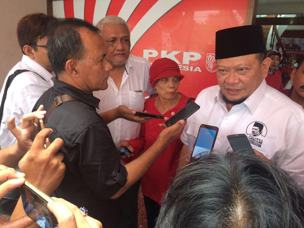 Bakal calon gubernur Jawa Timur, La Nyalla Mahmud Mattalitti gagal lobi PAN. Foto: Tri Wahyudi/NusantaraNews