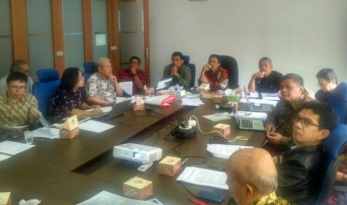"FGD pada program UKP MENDENGAR yang bertema ""Pusat Studi Pancasila & Kajian Ekonomi Pancasila"", Jakarta, Rabu (27/12/2017). Foto: DOk. Pribadi/ NusantaraNews"