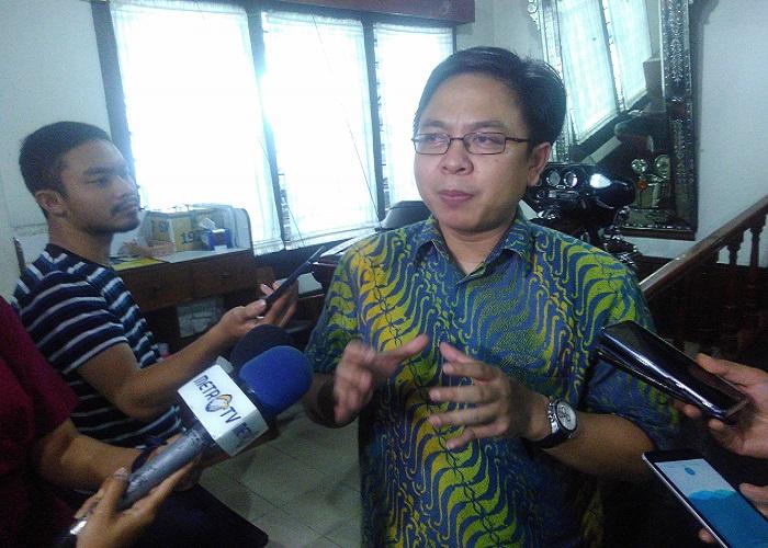 Pengamat politik dan Direktur Eksekutif Indikator Politik Indonesia Burhanuddin Muhtadi. Foto: NUSANTARANEWS.CO/Ucok Al Ayubbi