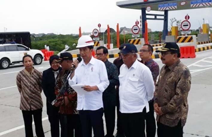 Presiden Jokowi Resmikan Jalan Tol Surabaya/Foto: Instimewa