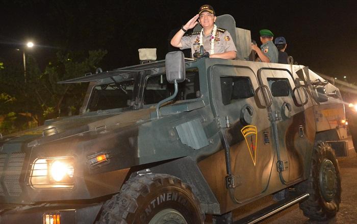 Kombes Pol M. Iqbal naik Panser Anoah (Foto Istimewa/Nusantaranews)