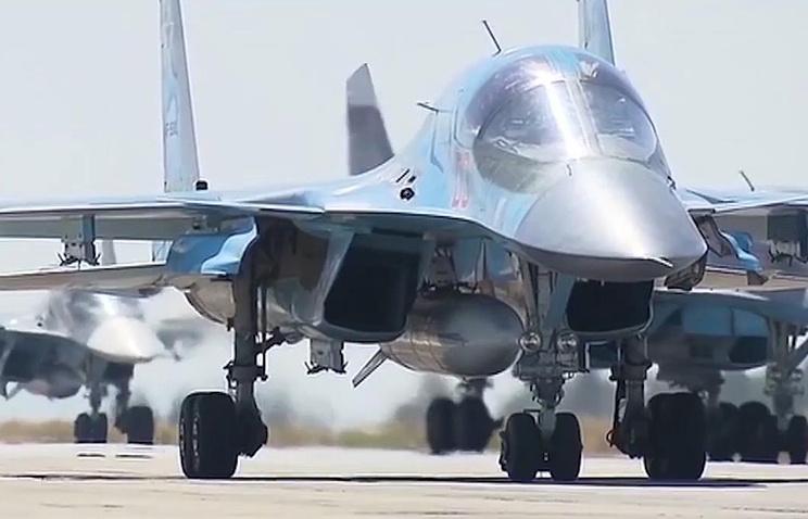 Jet-jet tempur Angkatan Udara Rusia di Suriah seperti Su-34 mulai kembali ke Rusia. Foto: TASS