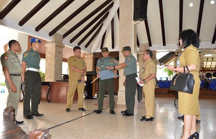 Danrem 083/Bdj, Kolonel Inf Bangun Nawoko melakukan koordinasi dan peninjauan di beberapa titik lokasi yang akan dituju oleh Panglima TNI di Malang. Foto: Dok. Istimewa/NusantaraNews