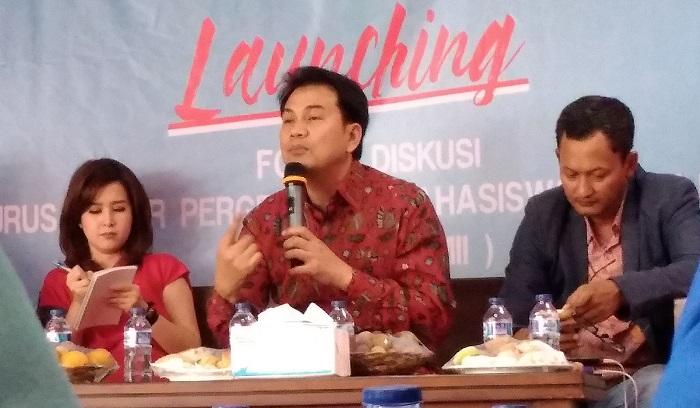 Anggota DPR RI dari Fraksi Golkar M. Aziz Syamsuddin saat menjadi pembicara pada launching Forum Diskusi Pengurus Besar Pergerakan Mahasiswa Islam Indonesia (Fokus PB PMII), oleh PB PMII bidang politik, advokasi dan kebijakan publik di Graha Mahbub Junaidi, Jakarta, Selasa (23/1/2018). Foto: Achmad S./ NusantaraNews