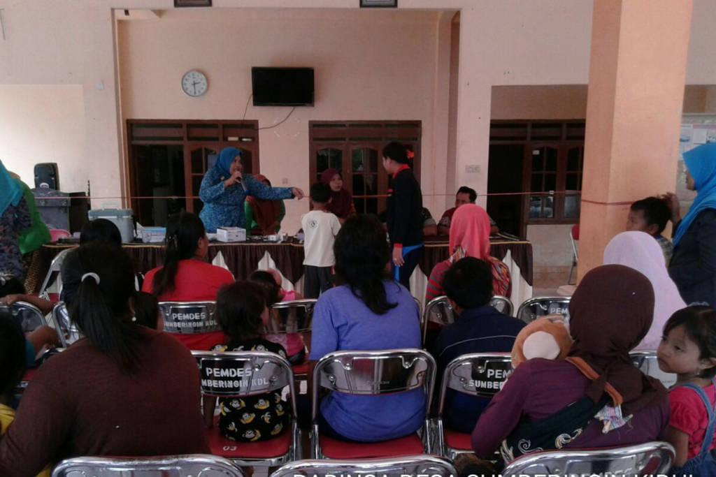 Dinas Kesehatan Tulungagung antisipasi wabah difteri dengan menggelar imuniasi pada Kamis 11 Januari 2018. Foto: Istimewa