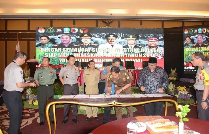 Rapat koordinasi Ops Mantap Praja Pemilukada Jatim 2018 yang berlangsung di Hotel Wyndham, Surabaya, Senin (22/1/2018). Foto: Dok. Istimewa