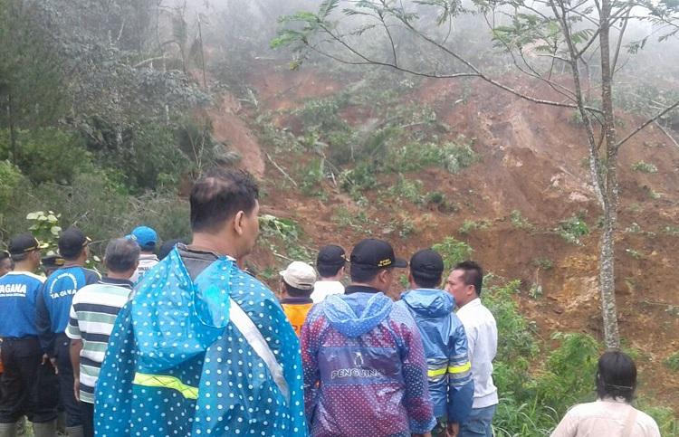 Longsor Munjungan, Kampak, Trenggalek (Foto Istimewa/Nusantaranews)