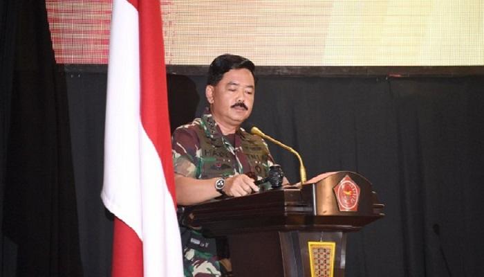 membuka Rapat Pimpinan Tentara Nasional Indonesia (Rapim TNI) Tahun 2018, di Aula Gatot Subroto Mabes TNI, Cilangkap, Jakarta Timur, Rabu (24/1/2018).