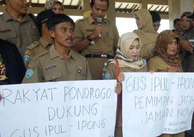 Para PNS Deklarasi Dukungan pada Ipong (Foto Nurcholis/Nusantaranews)