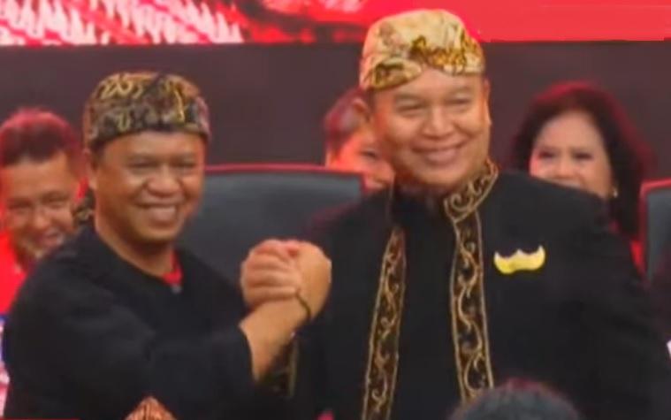 Pasangan calon gubernur dan wakil gubernur Jawa Barat dari PDI Perjuangan, Tubagus Hasanuddin dan Anton Charliyan. Foto: Dok. NusantaraNews