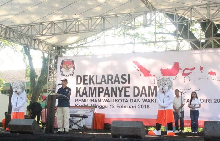 Deklarasi kampanye damai di Kabupaten Kediri, Jawa Timur, Minggu (18/2/2018). (Foto: Istimewa)