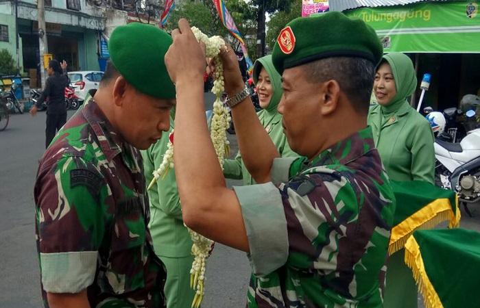 Acara penyambutan Komandan Kodim 0807 Tulungagung yang baru Letkol Inf Wildan Bahtiar di Makodim, Jl JA Suprapto No 17 Tulungagung pada Senin (26/2/2018). (Foto: Istimewa)