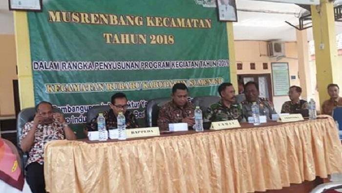 Musyawarah Perencanaan Pembangunan Tingkat Kecamatan (Musrenbangcam) di pendopo Kecamatan Rubaru. Foto: NUSANTARANEWS/Mahdi