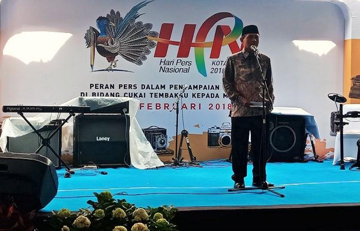 Wali kota Madiun Sugeng Rismianto saat peringatan Hari Pers Nasional di Madiun, Kamis (15/2/2018). (Foto: Istimewa)