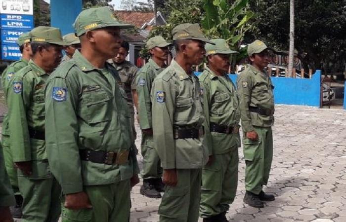 Pelindung Masyarakat (Linmas) adalah komponen dari pertahanan negara. (Foto: Dok. NusantaraNews/Sis)