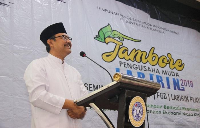 Calon Gubernur Jawa Timur Saifullah Yusuf (Gus Ipul) mengapresiasi adanya Jambore Pengusaha Muda Labirin 2018 di Kampus C Universitas Airlangga Surabaya (Unair), Sabtu (10/2).