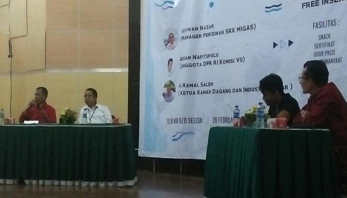 Mahasiswa Universitas Andalas (Unand) Padang, Sumatera Barat menggelar kuliah umum tentang minyak dan gas yang diisi pemateri dari SKK Migas dan Ketua Kadin Sumbar. (Foto: Istimewa/NusantaraNews)
