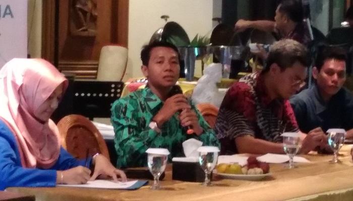 Ketua Bidang Politik, Advokasi dan Kebijakan Publik PB PMII, M. Zeni Syargawi (Dua dari kiri). (FOTO: NUSANTARANEWS.CO/Achmad S)