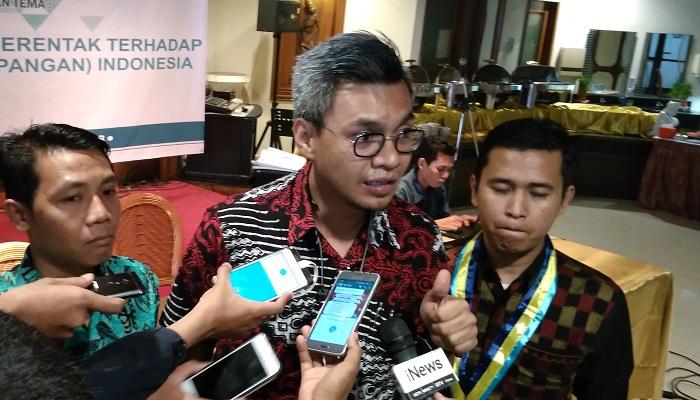 Pengamat Ekonomi, Dr. Karuniana Dianta A. Sebayang, ME. (FOTO: NUSANTARANEWS.CO/Achmad S.)