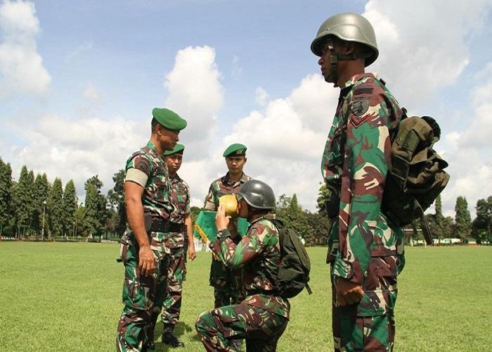 Para warga baru akan diuji ketahanan fisik dan mentalnya yaitu melaksanakan Han Mars sejauh 35 Km menuju Asrama Yonif 511/DY. (Foto: Istimewa/NusantaraNews)