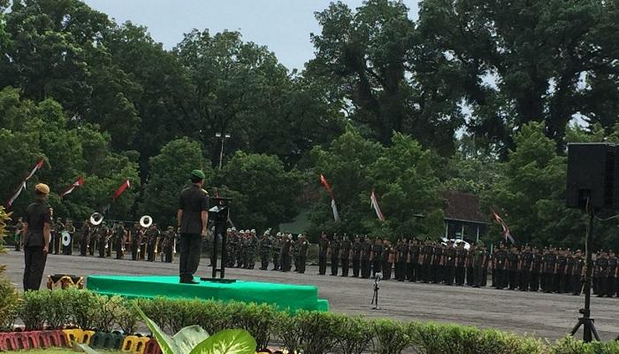 Kepala Staf Kodam (Kasdam) V/Brawijaya, Brigjen TNI Widodo Iryansyah menutup pendidikan pembentukan Bintara TNI AD. (Foto: Istimewa)