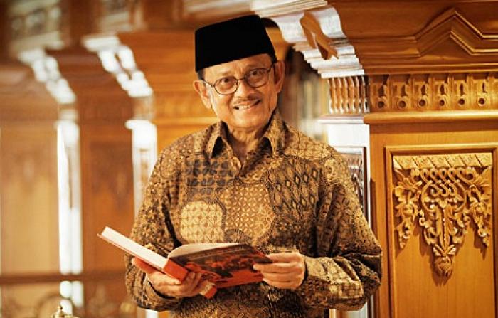 BJ Habibie (Foto Istimewa)
