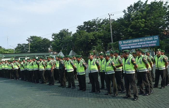 Kodim Tuban gelar apel persiapan pengamanan kunker Presien Jokowi ke Bumi Wali. (Foto: Istimewa)