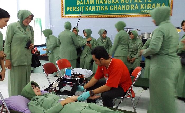Donor Darah (Foto Nusantaranews.co)
