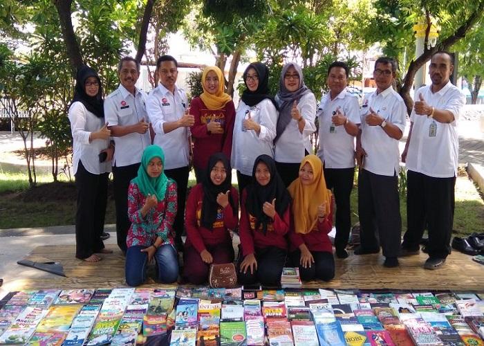Komunitas literasi Sahabat Gresik. (Foto: Taufik MS)