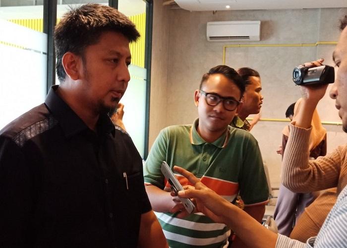 Sekretaris DPD Partai Demokrat Jatim Renville Antonio di Surabaya, Kamis (29/3/2018). (Foto: Setya/NusantaraNews)