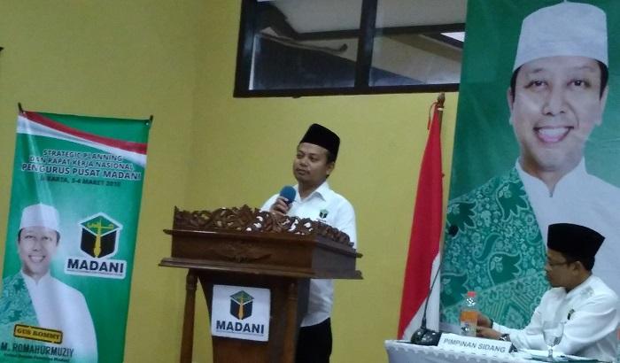 Ketua Umum Pengurus Pusat Majelis Dakwah & Pendidikan Islam (PP-MADANI), Idy Muzayyad. (FOTO: NUSANTARANEWS.CO/Achmad S)