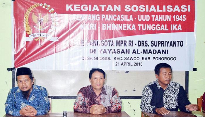 Anggota MPR RI Minta Warga Ponorogo Pertebal Rasa Cinta Tanah Air dan Nasionalisme Kebangsaan