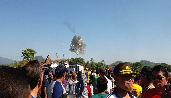 Bisa Ganggu Penerbangan, Masyarakat Ponorogo Diberi Sosialisasi Bahaya Balon Udara