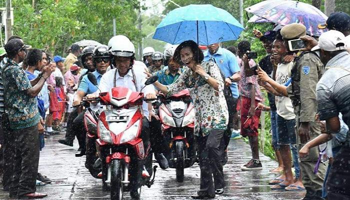 GM Sebut Jokowi Akrab dengan Rakyat, Fadli: Gimmick Pelarian. (NUSANTARANEWS.CO)
