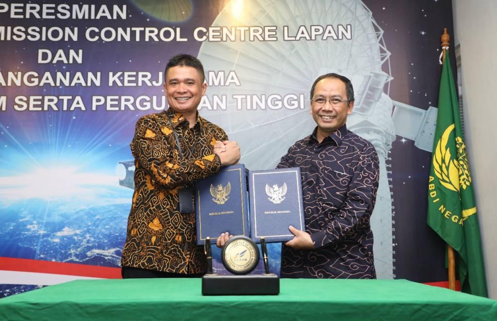 Kerjasama Telkom - LAPAN (LR) (Foto Nusantaranews.co)