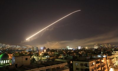 Rudal serangan udara pasukan AS, Inggris dan Perancis di Suriah. (AP Photo/Hassan Ammar)