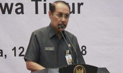 Sekda Jatim saat memberikan sambutan pada acara pembekalan anti korupsi & deklarasi LHKPN di Grahadi SBY. (Foto: Setya/NusantaraNews)