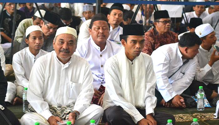 Ustadz Somad Sumbangkan Uangnya untuk Program 1000 Penghafal Al Qur'an