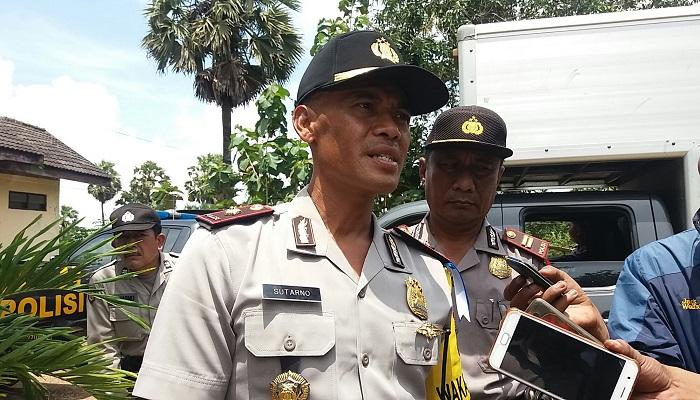 Wakil Kepala Kepolisian Resor (Wakapolres) Sumenep Kompol Sutarno menjelaskan terkait penanganan kasus penjambretan yang menimpa bocah berusia 26 bulan di Sumenep. (Foto Mahdi Alhabib/NusantaraNew)