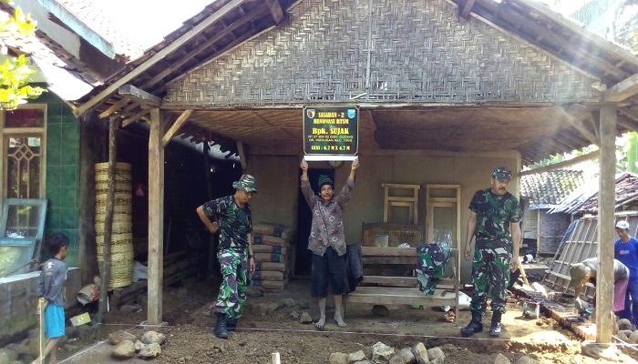 tentara bagun desa, tmmd, pogram tmmd, rtlh probolinggo, kabupaten probolinggo, rehab musholla probolinggi, rehab rumah probolinggo