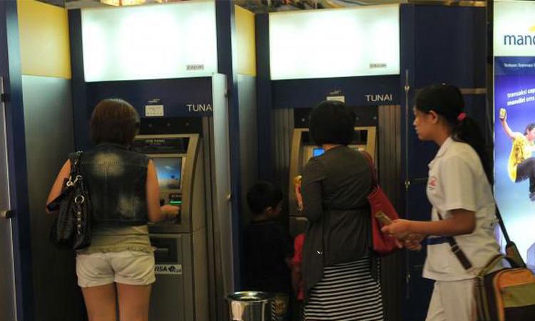 ATM Bank (Ilustrasi/Foto: Muradi)