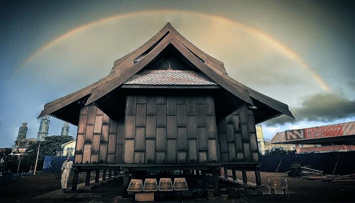 Bacaan Sebuah Musim di Suatu Surau. (Ilustrasi: NUSANTARANEWS.CO)